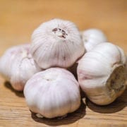 how to cure garlic breath