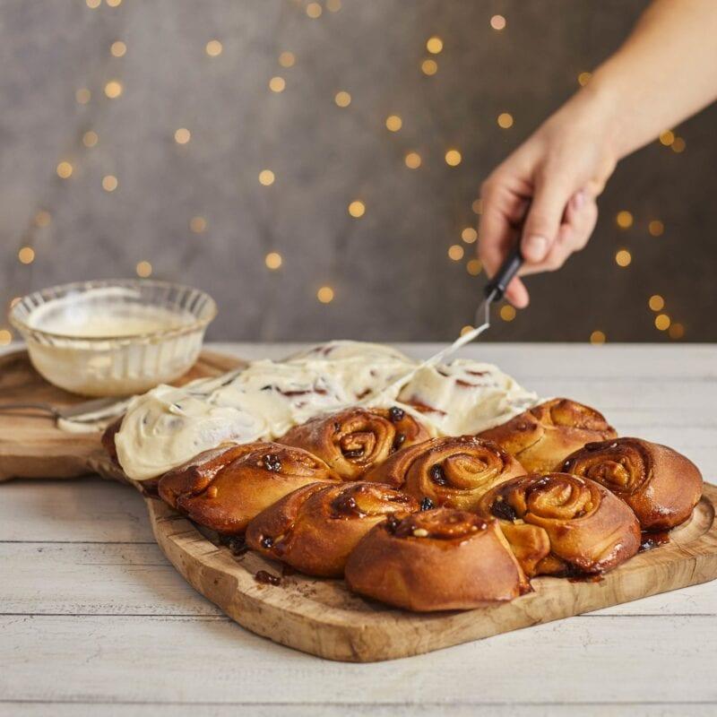 Gousto Mince Pie cinnamon rolls