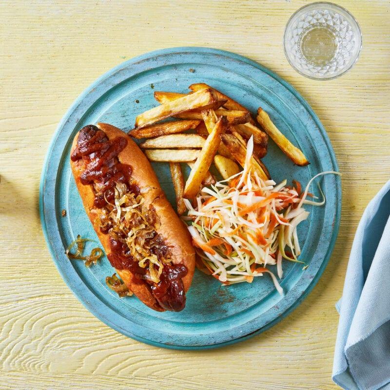 Currywurst-Dog, Chips & Speedy Sauerkraut